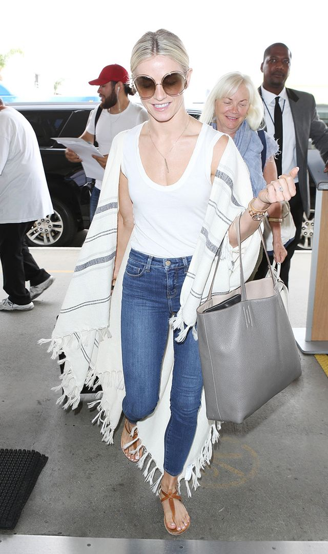 Celebrities Love These 2 Pairs of Skinny Jeans—but One Is $155 Cheaper