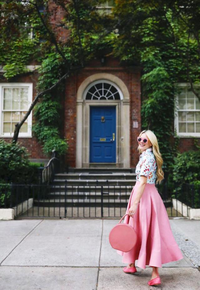 Best round bags: Blair Eadie