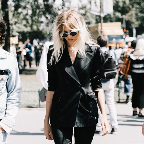 9 CuteOutfits toWear for Your AnniversaryDate