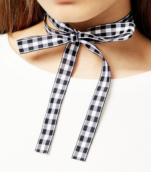 Love Island fashion trend: New Look Black Gingham Bow Choker