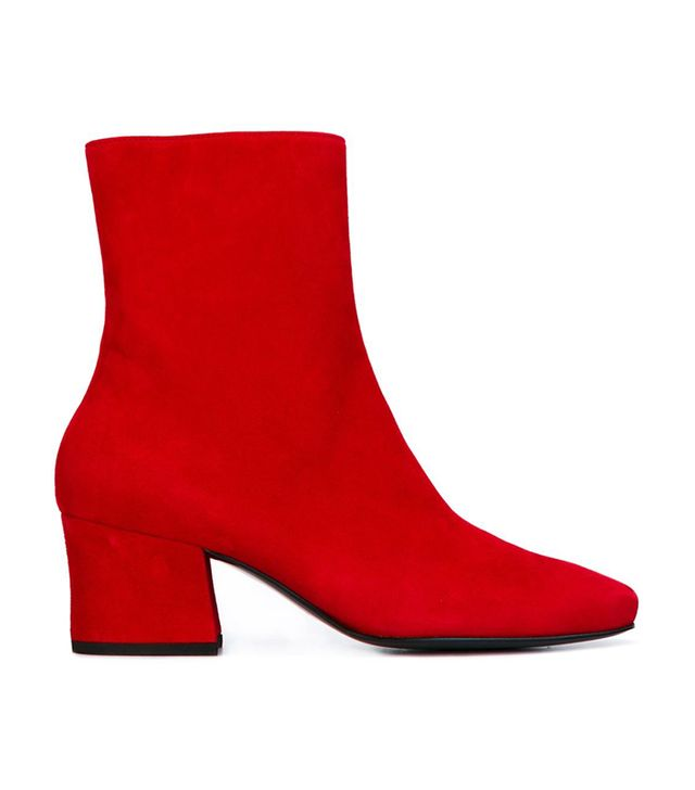 'Droop Nose' boots