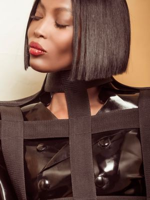 Naomi campbell celebrity fashion news and style for Naomi campbell pirelli