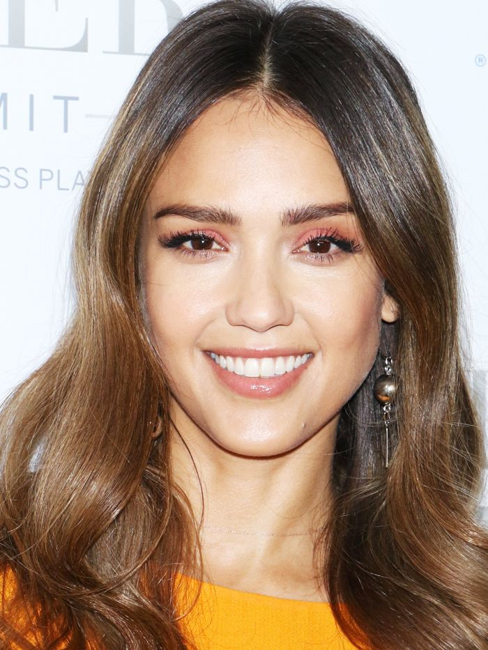 15 stunning examples of balayage brown hair byrdie uk 14 times jessica alba schooled us in great hair publicscrutiny Choice Image