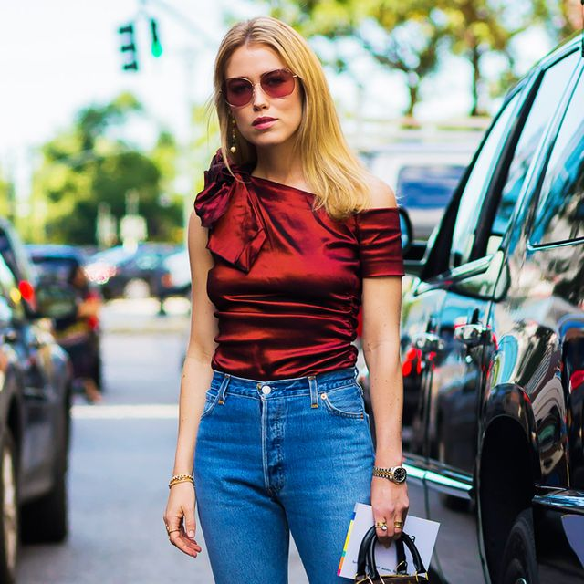 High-waisted straight leg jeans trend: woman wearing high-waisted jeans