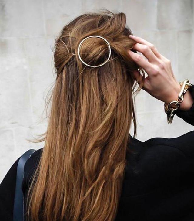 pretty round hair clip