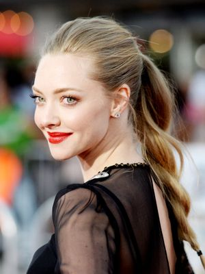 "Amanda Seyfried on Her Pregnancy: ""I Didn't Get Off My Antidepressant"""