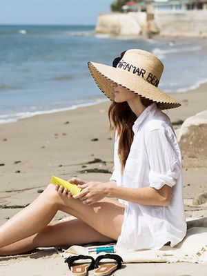How to Apply Sunscreen So You Actually Get Full Coverage