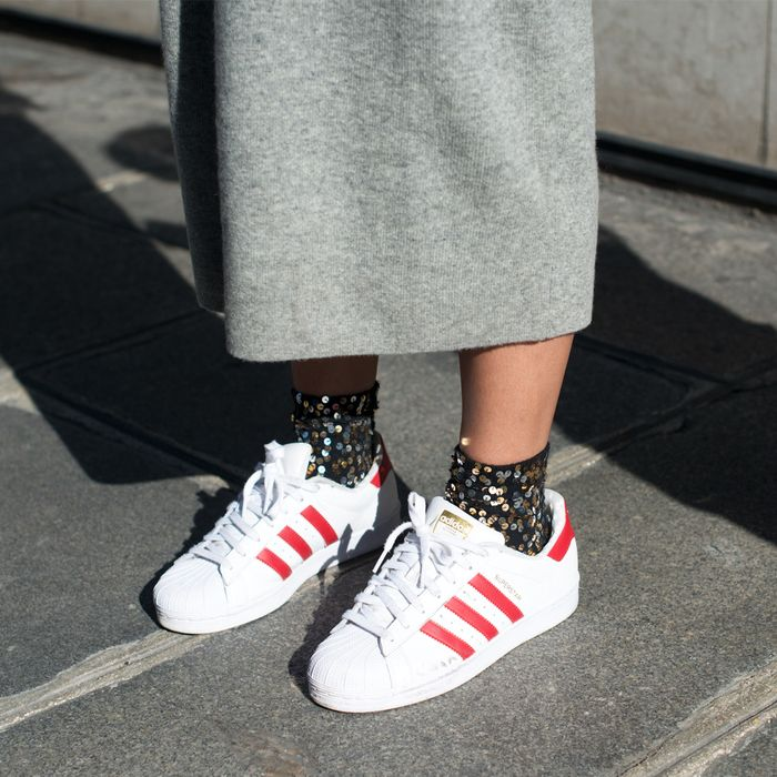 Sudamerica ruptura Tom Audreath  Superstar Adidas: How to Wear the Coolest Trainers Now | Who What Wear