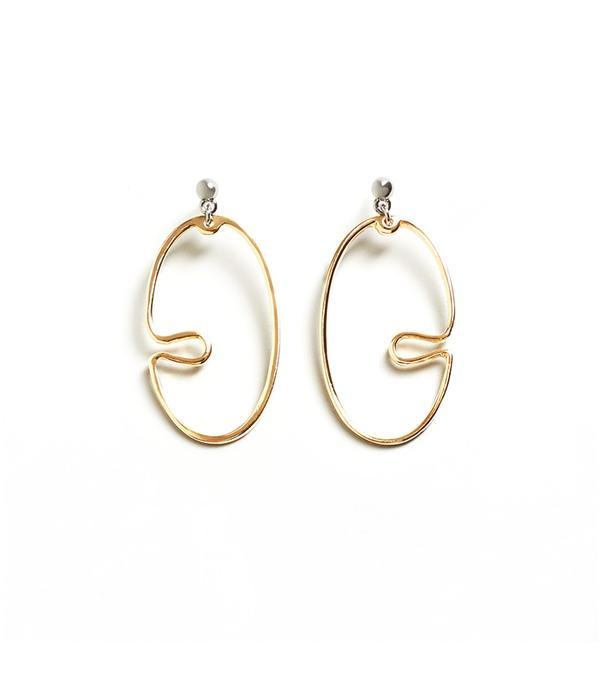 Twisted hoop earrings