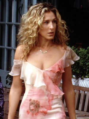 Of Course You Want to Dress Like Carrie Bradshaw
