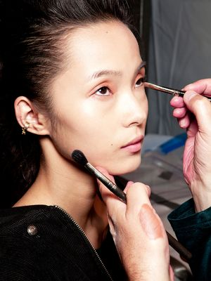How Makeup Artists Keep Under-Eye Concealer From Creasing