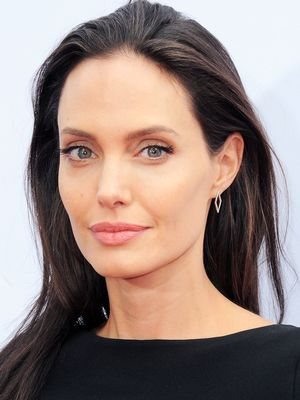 What's Bell's Palsy? Angelina Jolie Speaks Out About Being Diagnosed With It