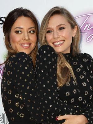 Elizabeth Olsen and Aubrey Plaza Handled a Fashion Nightmare Like Pros