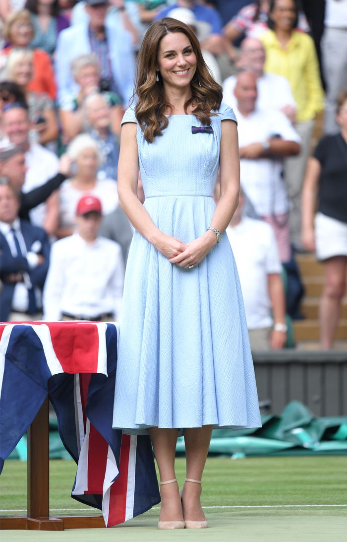 kate middleton's style her most fashionable outfits  who