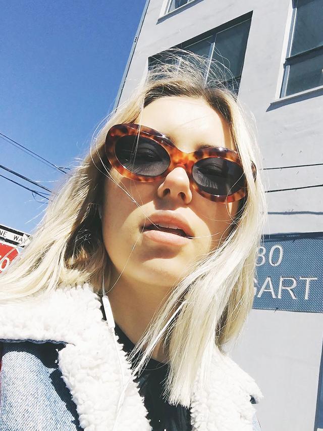 aemilia madden selfie instagram