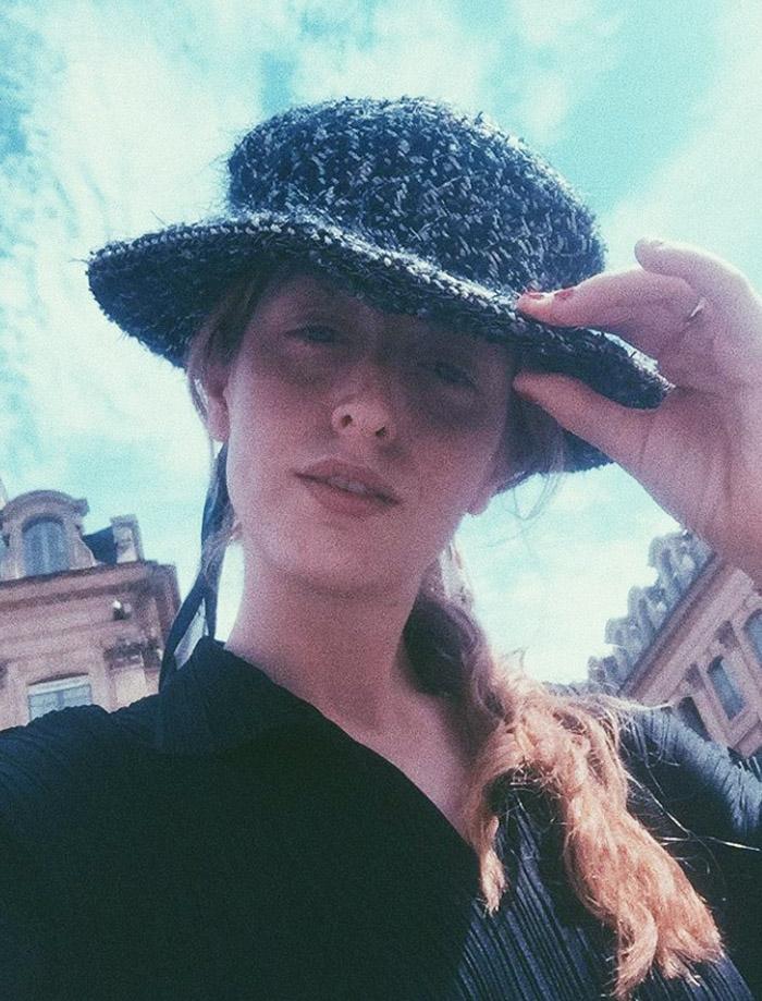 Stella von Senger style: Chanel hat selfie