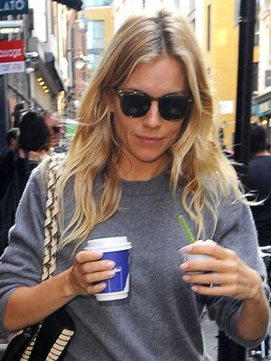 Sienna Miller Loves This Bag—and We Do Too