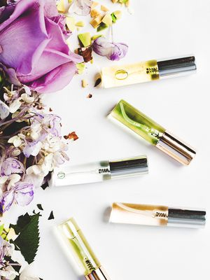 How to Make DIY Perfume and Smell Amazing