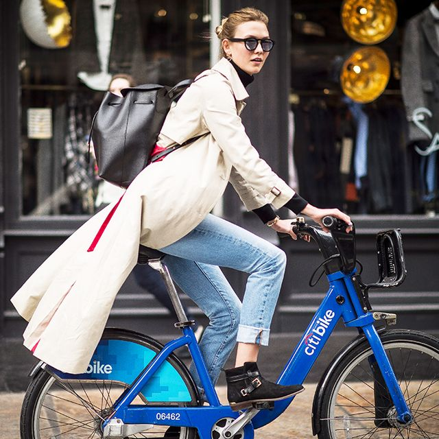 karlie kloss bike