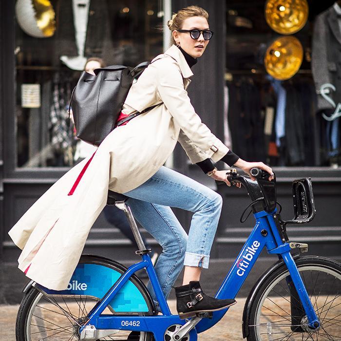 karlie kloss bike