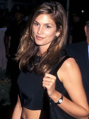 Cindy Crawford Still Uses This Old-School Trick to Pose in a Bikini