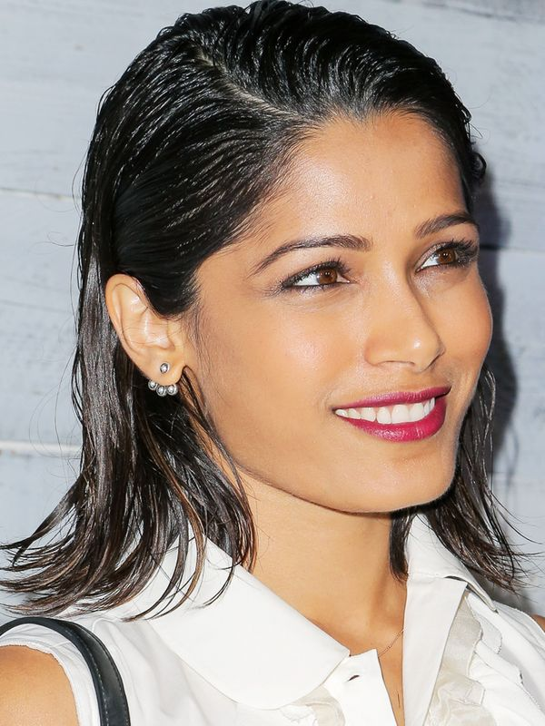 Shoulder-Length Hairstyles: Freida Pinto With Wet-Look Hair