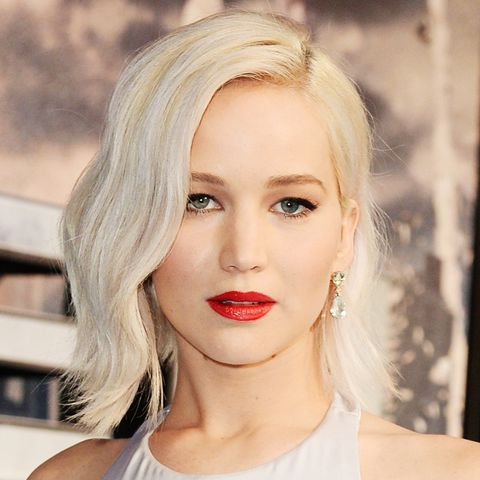 Shoulder-Length Hairstyles: Jennifer Lawrence With Blonde Hair