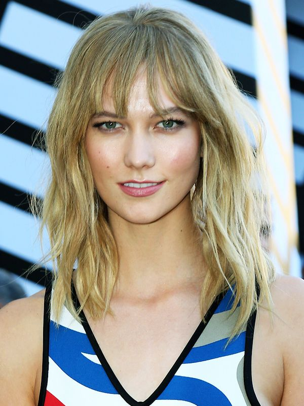 Shoulder Length Hairstyles Karlie Kloss With Textured Hair