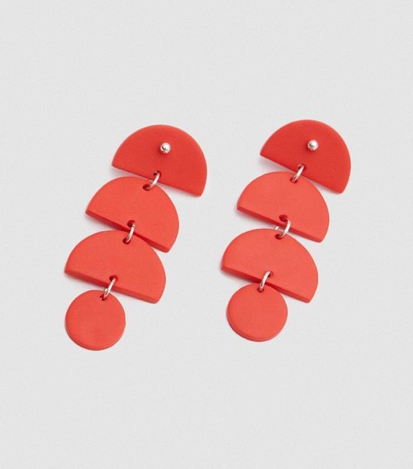 Falling Shape Earrings in Red