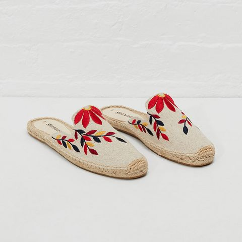 Graphic Floral Embroidered Mule Slide