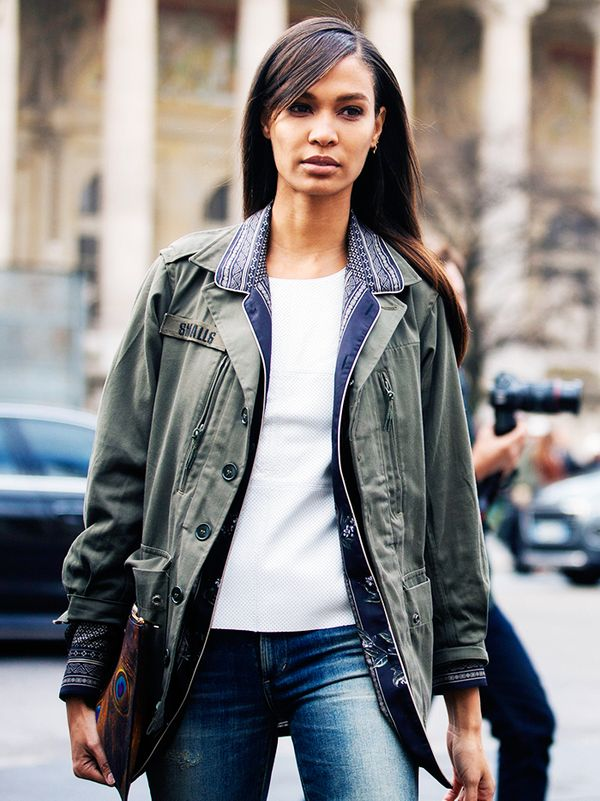 Joan Smalls knows that few stylings can beat an army jacket with a pair of jeans and a plain white T-shirt.