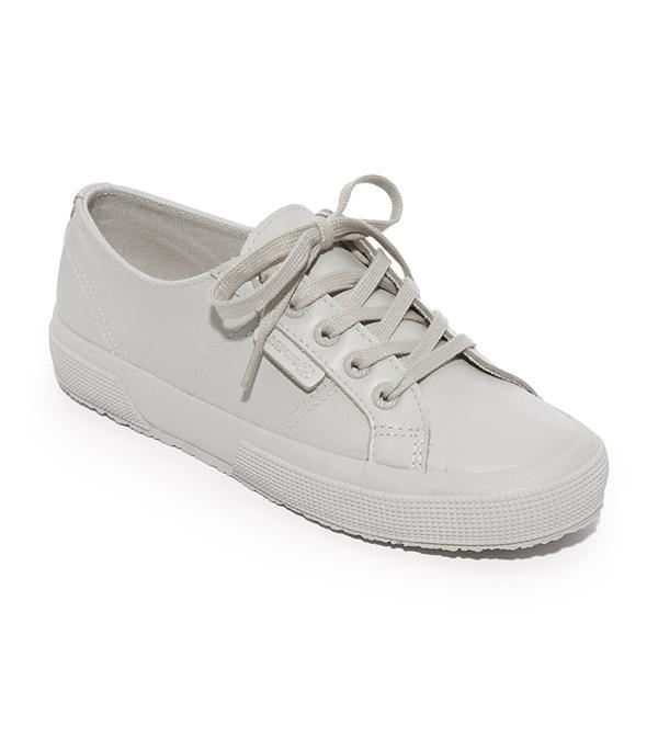 2750 FGLU Tonal Sneakers