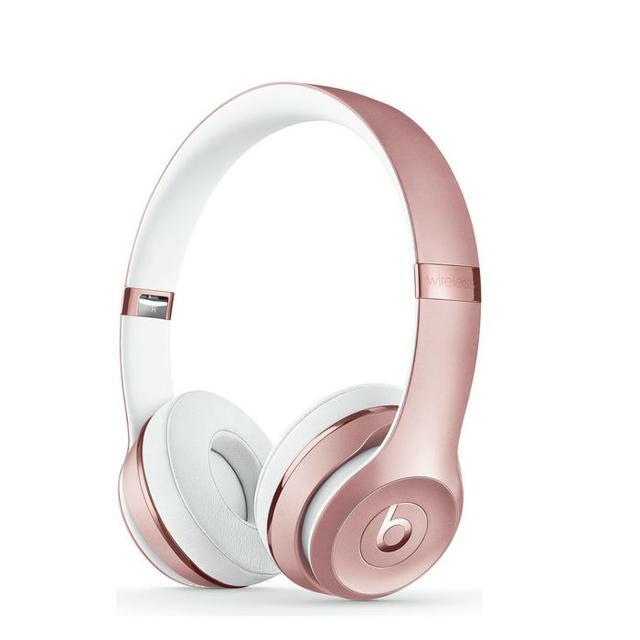The Best Cool Headphones Fashion Girls Love Whowhatwear Uk
