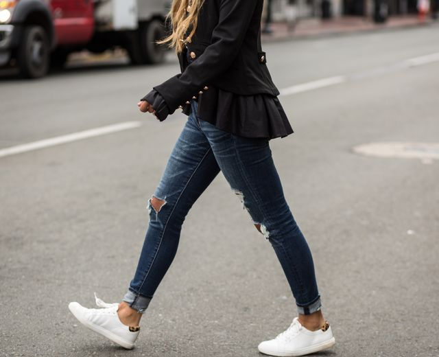 sneakers-with-denim