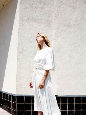 The Surprising Shoe Style to Wear With a White Outfit