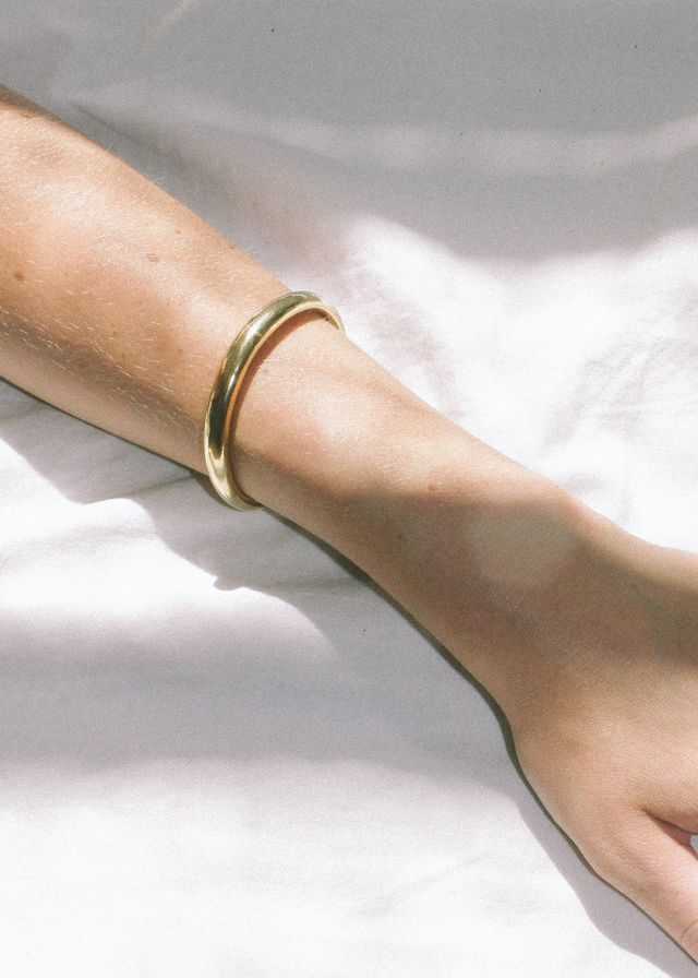 Wolf Circus Assembly Bracelet in Gold