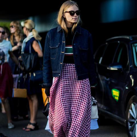 Copenhagen Fashion Week Street Style 2017: Midi skirt