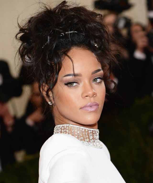 Hair clips and updos may seem very 2001, but in 2014 Rihanna wasn't afraid to combine a messy pile of curls with silver barrettes at the most fashion-forward event of the year: the Met Gala. We...