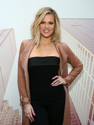 Taking Note: Khloé Kardashian Carries These Healthy Snacks at All Times