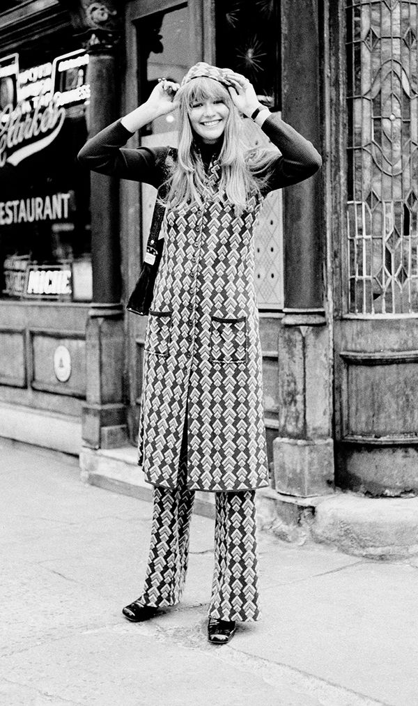 Model at PJ Clarkes in New York, April 1970