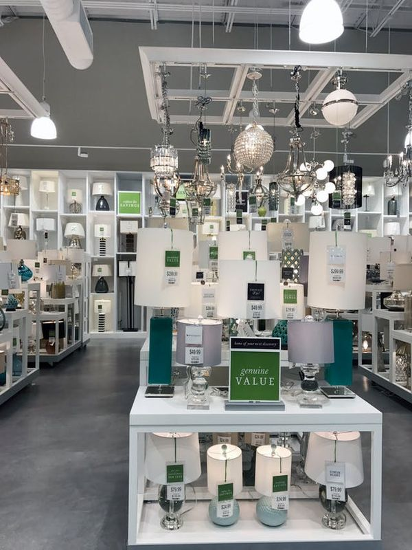 To the right of the entrance, you'll find the enormous lighting section. You can reportedly lower the fixtures hanging from the ceiling and buy them on the spot (without shipping or delivery).
