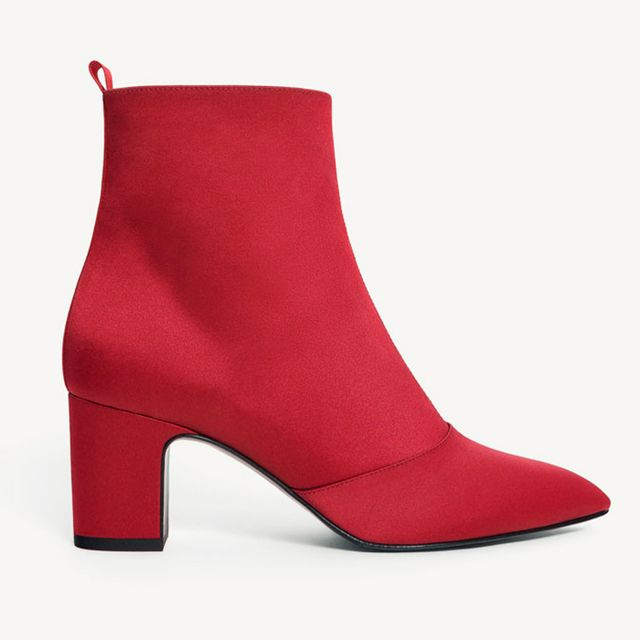 Boot Trends 2017: Uterqüe Red Boots