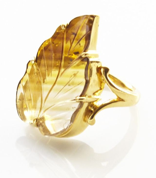 Crystal jewellery trend: Leaf ring