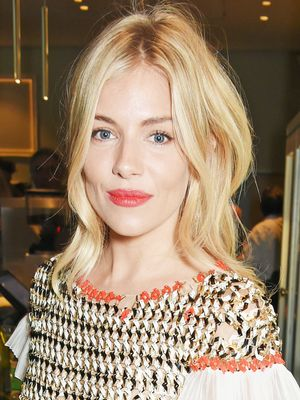 Sienna Miller's Classic London-Girl Outfit Just Made Our Day