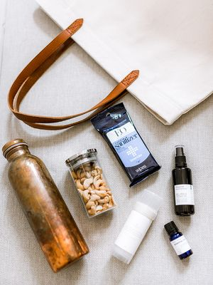 6 Things a Wellness Influencer Keeps in Her Bag at All Times
