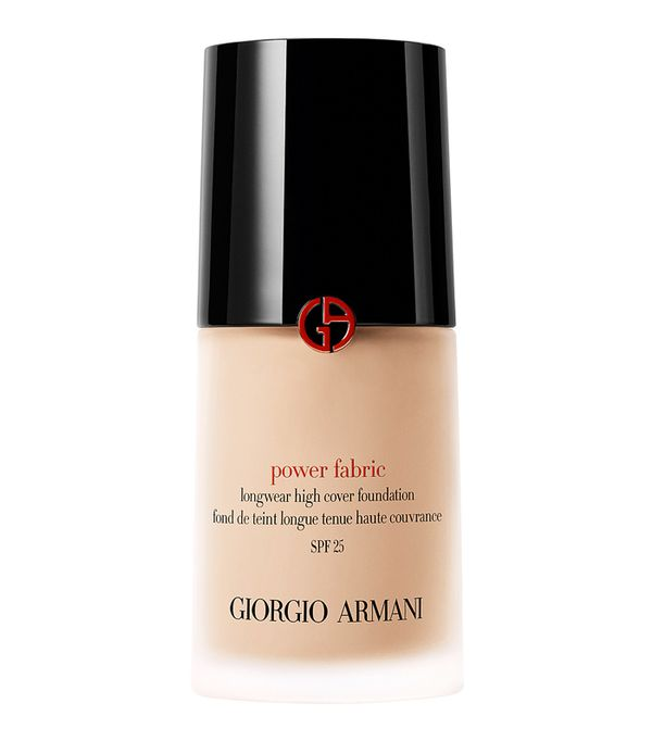 Full coverage foundation: Giorgio Armani Power Fabric Foundation