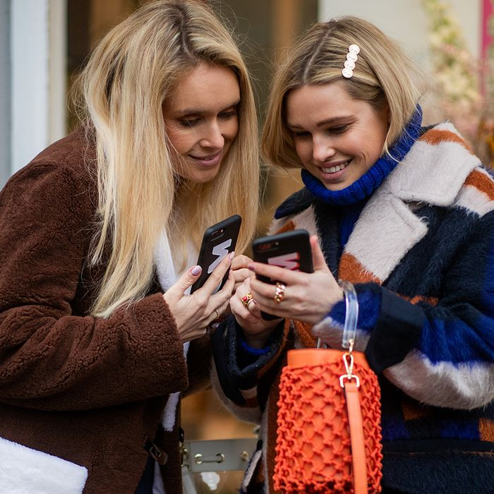 31 Things to Do Instead of Checking Your Phone