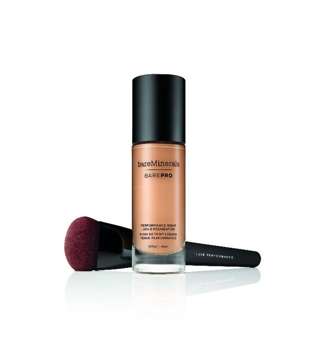 mineral makeup: bareMinerals BAREPRO Performance Wear Liquid Foundation SPF20