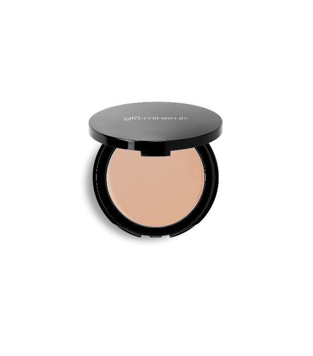 mineral makeup: Glo Minerals pressed base