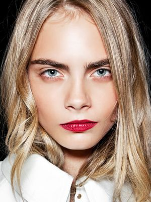 The £10 Expert-Approved Oil That Helps Your Brows Grow